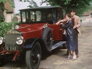 Another shot of Francesca Annis and James Warwick in Upper Church Street as they get out of their car